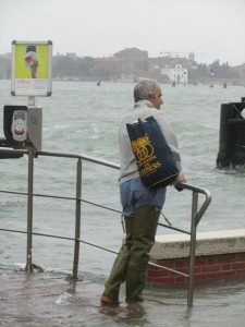 Italian-style high tide fashion