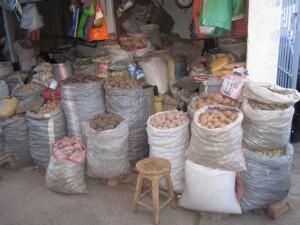 Potato selection at the market